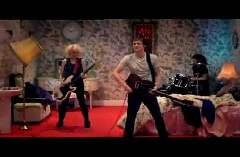 THE SUBWAYS - SHAKE! SHAKE! [OFFICIAL MUSIC VIDEO] [HQ]