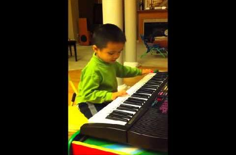 Nicholas (4yrs) plays