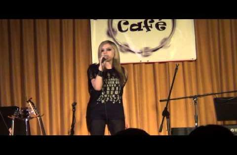 Molly Rennick - Wish You Were Here - Avril Lavigne - Live