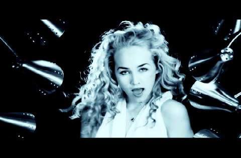 AYIITI - Mama Dance - Official Video
